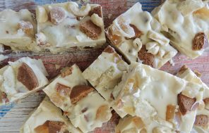 Feijoa and Ginger Nut White Chocolate Rocky Road - Jax Hamilton Cooks